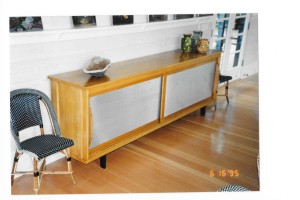 aluminum-door-sideboard