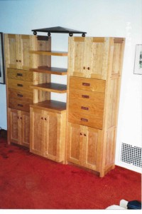 cherry stereo cabine