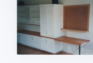 desk-storage-built-in
