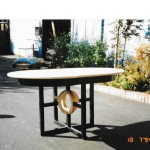 maple round table